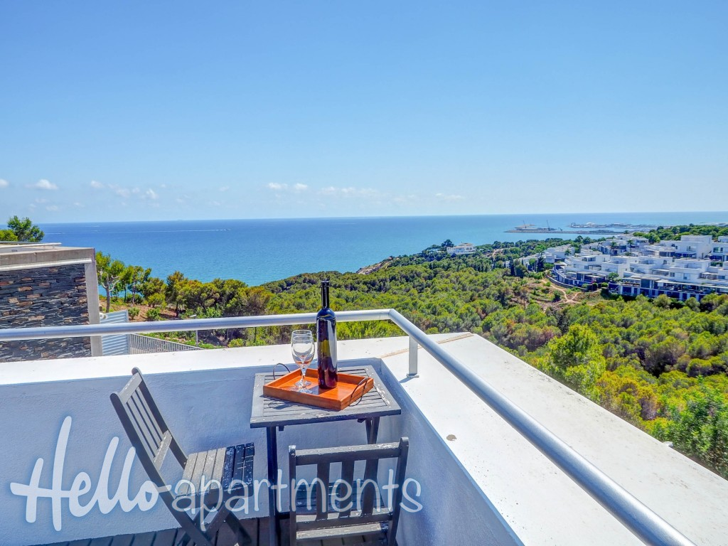Elora Penthouse with Sea Views