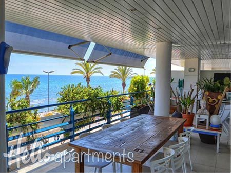 villas with pool sitges